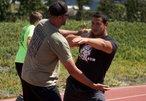 coach erik johnson arete throws nation shot put camp phoenix az